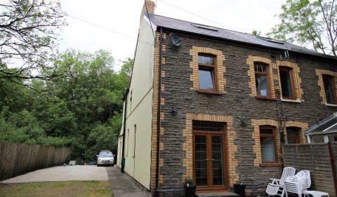 Treble Lock Cottages, ,Glan-Y-Llyn, Taffs Well, Cardiff